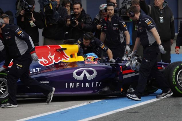 39_Infiniti+Red+Bull+Racing+RB10+Launch-2