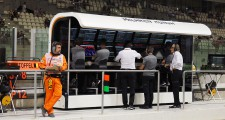 PITWALL-MCL-01